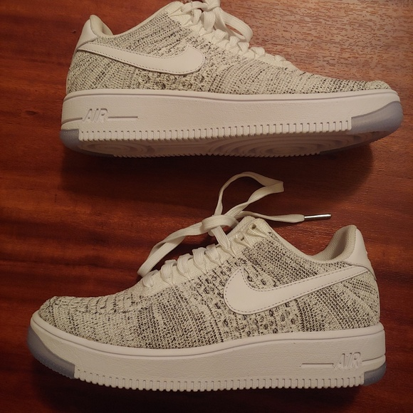 new product cfec2 8b256 WOMEN S NIKE AIR FORCE 1 FLYKNIT LOW  SIZE 6.5. M 5b8385073e0caa2864ec9f26